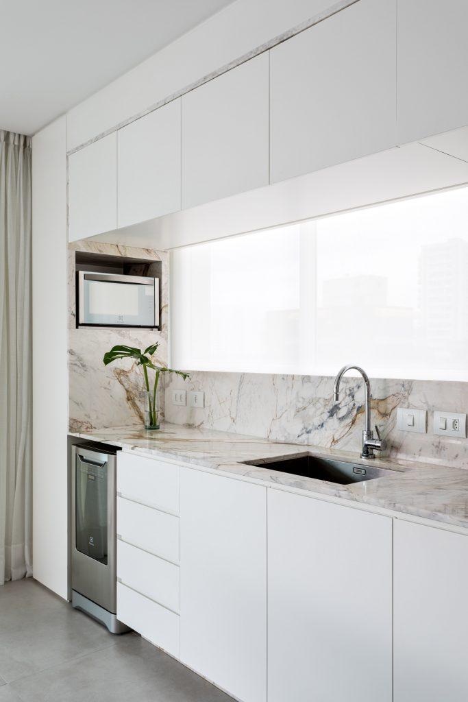 praia mansa apartment leandro garcia interiors brazil dezeen 2364 col 21 1